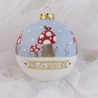 toadstools & robin Heirloom bauble