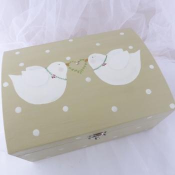 double dove box