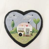 heart slate caravan