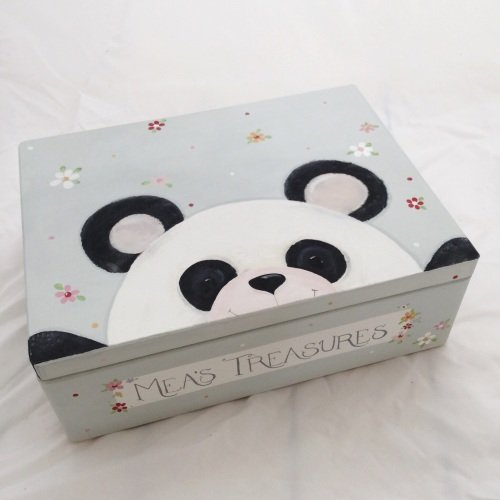 large 'peeping panda' Keepsake box