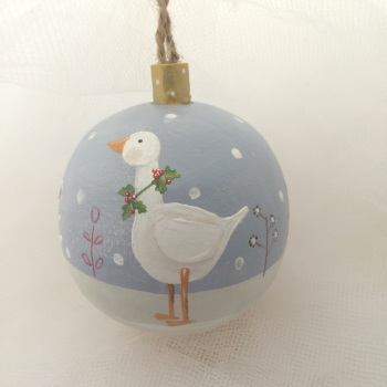 bauble goose with holly