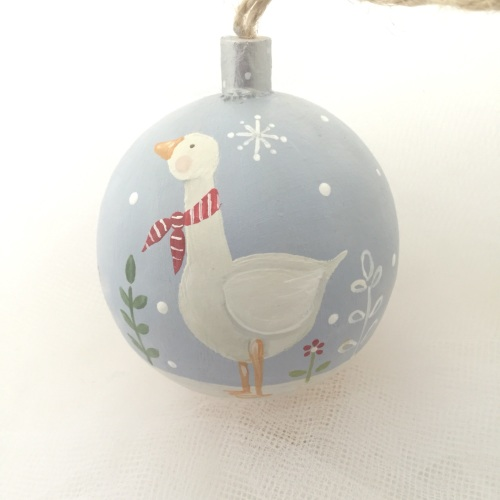 bauble goose with scarf