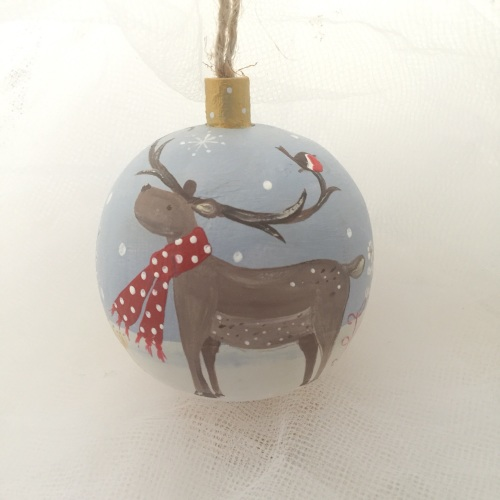 bauble reindeer with scarf