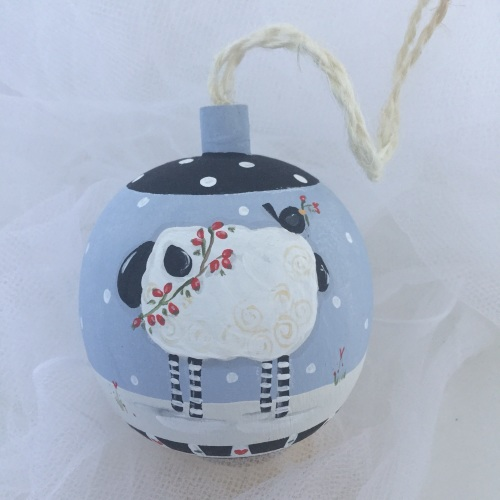 bauble sheep (black accents)