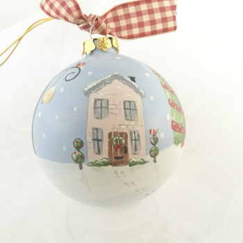 bauble (house and street light)