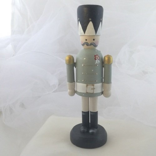 nutcracker style peg person medium #2
