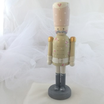 nutcracker style peg person large #10