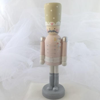 nutcracker style peg person large #5