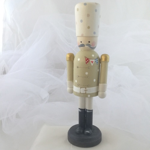 nutcracker style peg person large #8