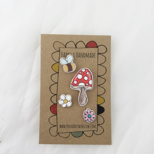 pins - toadstool, bee, white daisy and pink daisy