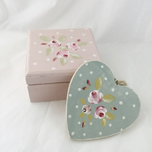 box & heart bundle