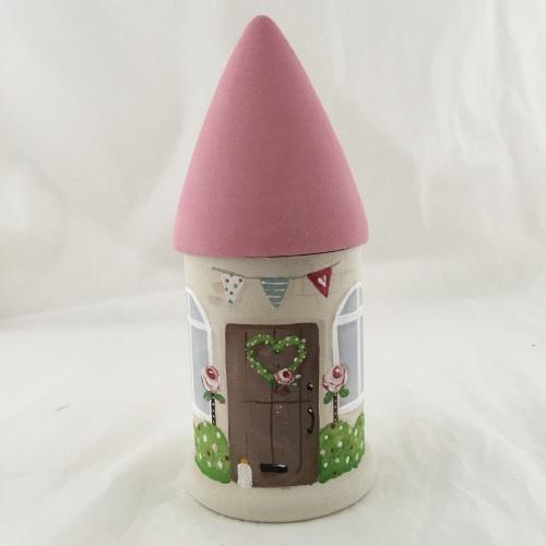 mini round house - pink roof, brown door