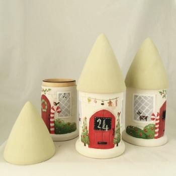 Christmas mini round house pot