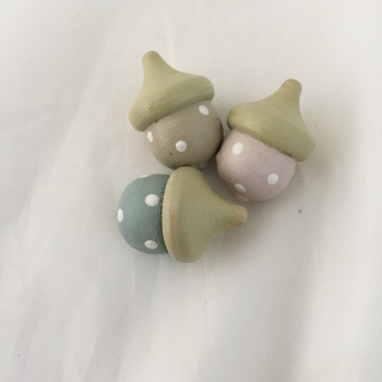 Set of 3 painted acorns