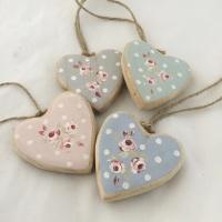 single mini wooden heart