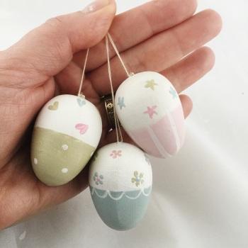 Mini dangly eggs trio