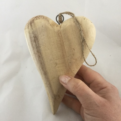 chunky wooden heart pack of 1