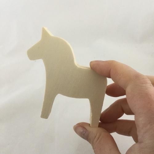 wooden horse shape medium