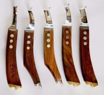 Beanie Wide Blade Knife