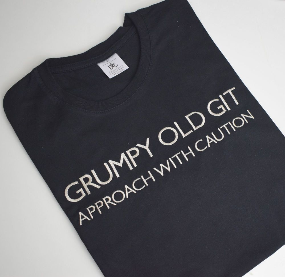 GRUMPY OLD GIT  T SHIRT
