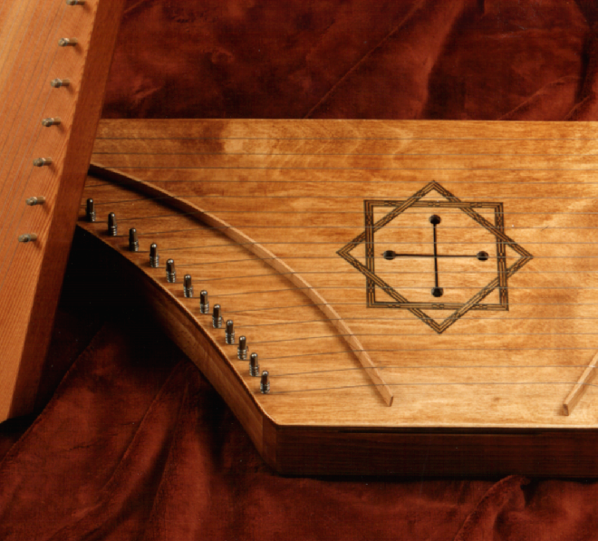 Knot soundhole surround by Tim Manning