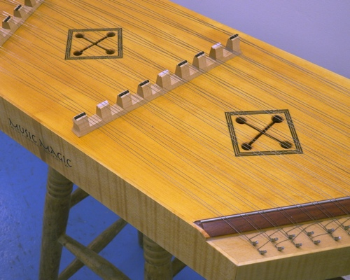 Pin top Dulcimer by Manning
