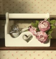 Handmade Heart Cut Out Trug - Cream