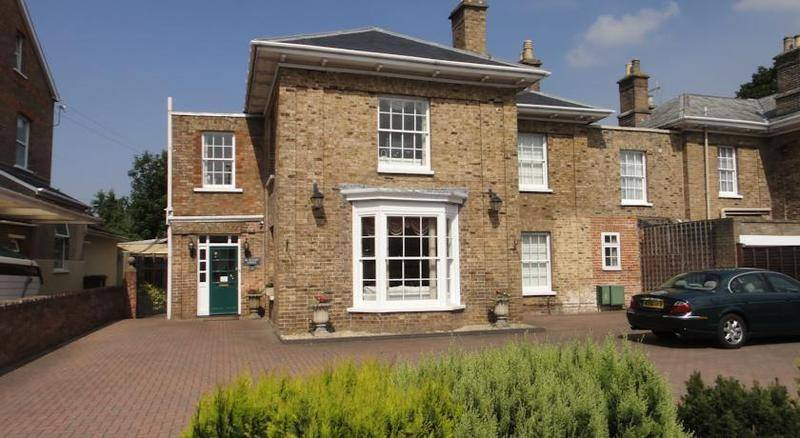 Beaufort Lodge Bed and Breakfast, Taunton