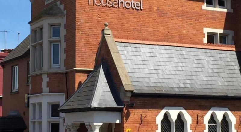 swingers hotels taunton uk