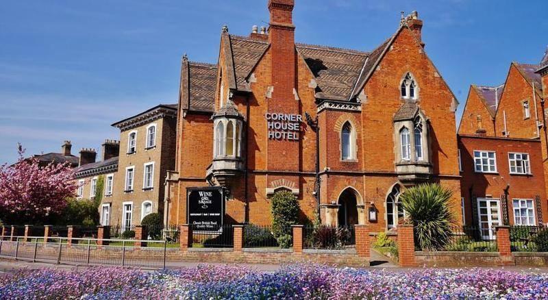 Taunton Hotels near Taunton Flower Show 2021 - Corner House Hotel, Taunton