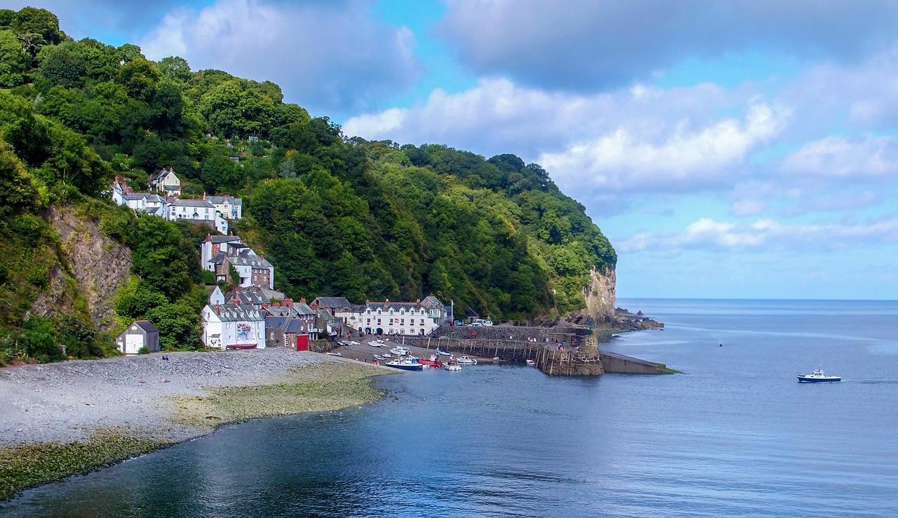 Red Lion Hotel, Clovelly - Best rates online - Book now!