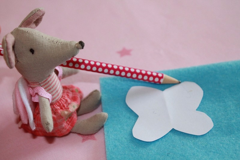 maileg mouse making fairy wings