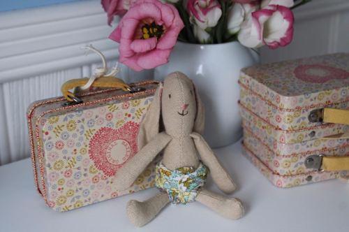 Maileg Micro Bunny & Suitcase Set