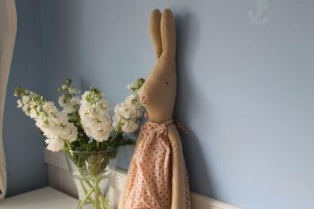 Maileg, Mega Rabbit Sally