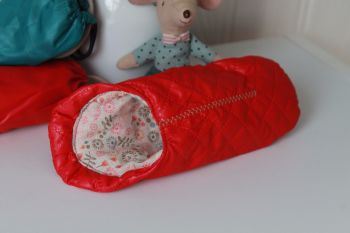 Maileg, Mouse Sleeping Bag - Red (last one)