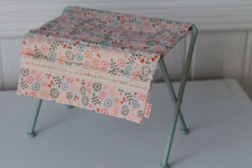 Maileg, Metal Nursery Table with Flowers