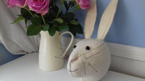 Fiona Walker, White Rabbit Head (mini)