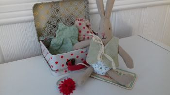 Maileg, Micro Rabbit with Weekend Away Suitcase SET**
