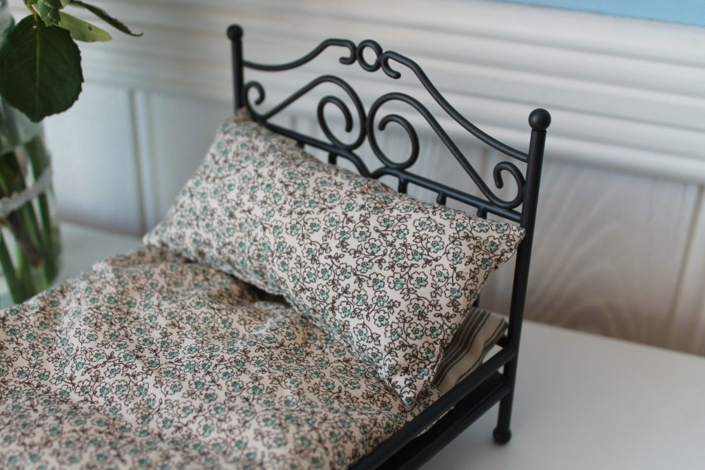 Maileg, Micro Vintage Bed