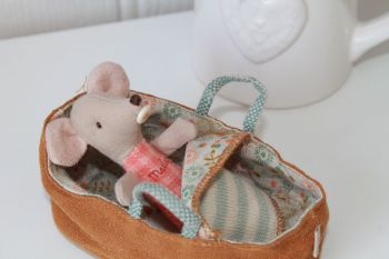 Maileg, Baby Mouse with Carrycot Set