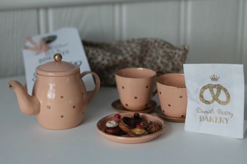 Maileg, Tea & Biscuits for Two