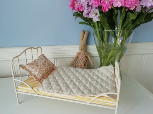 Maileg, Off White Vintage Bed for Mini