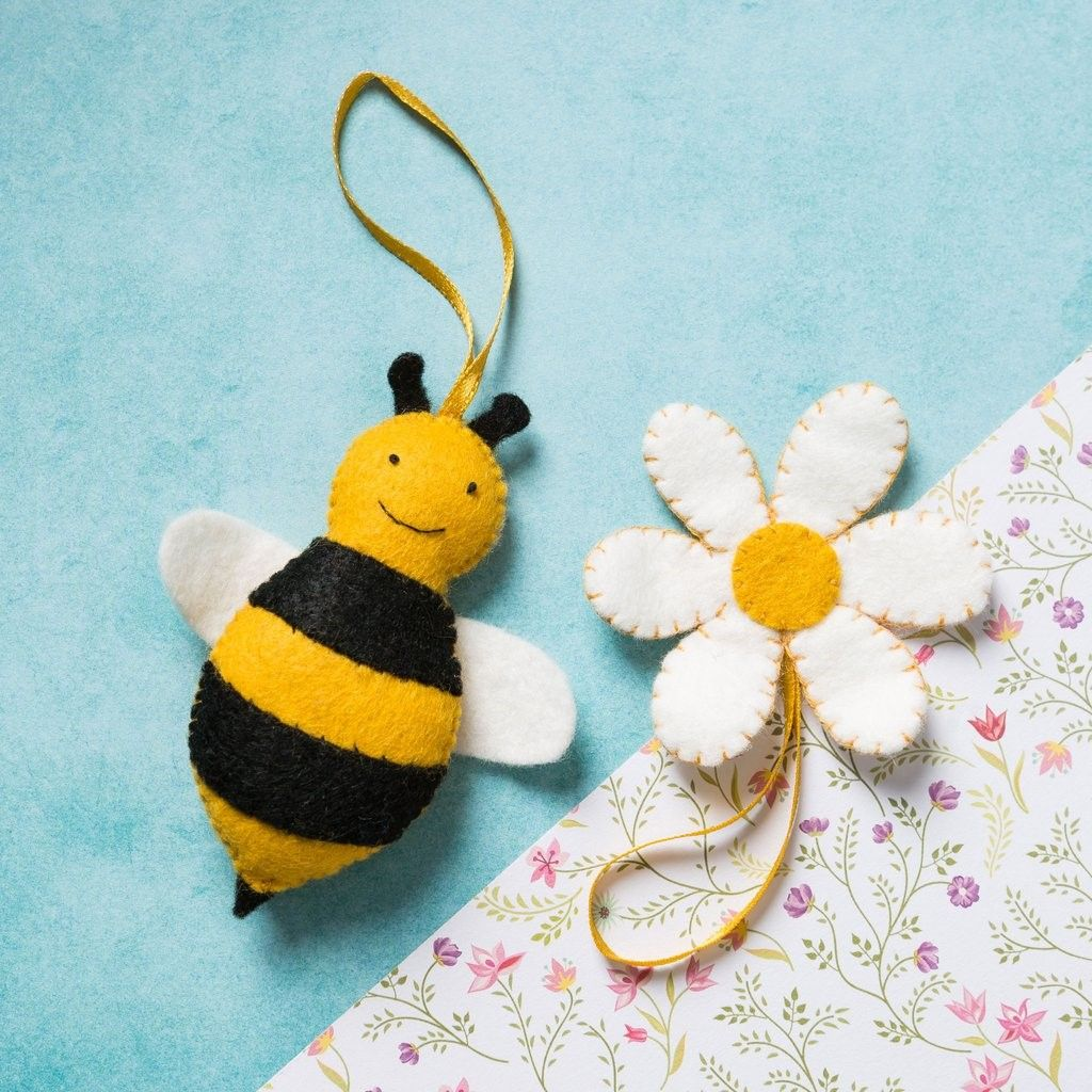Bee (mini kit)
