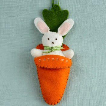 Bunny in Carrot (mini kit)