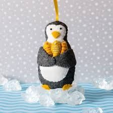 Penguin with Fish (mini kit)