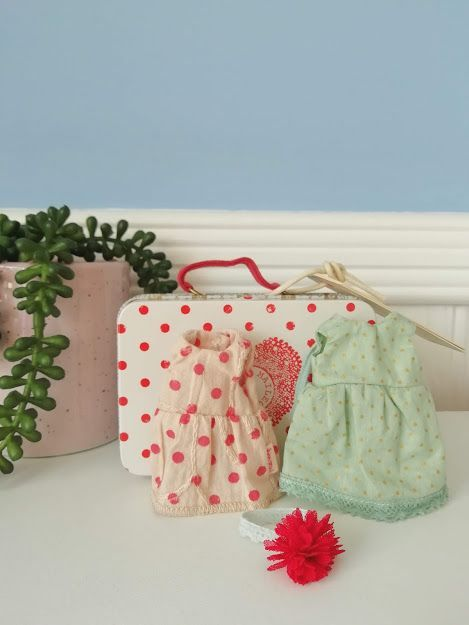 Maileg, Red Spotty Suitcase with 2 Dresses for Micro/ Mice