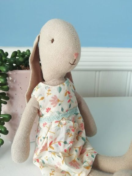 Maileg, Bunny Size 1 in Floral Dress