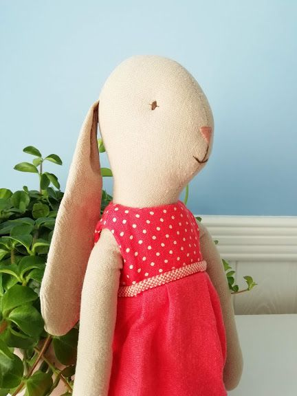 Maileg, Bunny Size 3 - Red Spotty Dress