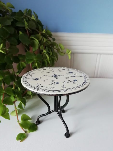 Maileg, Vintage Table with Floral Pattern