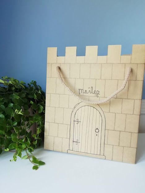 Maileg, Princess and the Pea Castle Gift Box